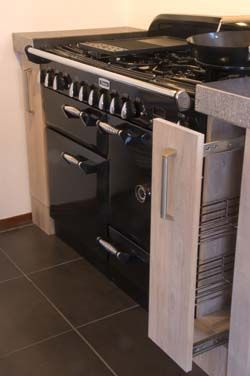 De voordeligste woonwinkel landelijke keuken in white wash afwerking - Land keuken model ...